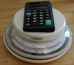 food scale and calculator